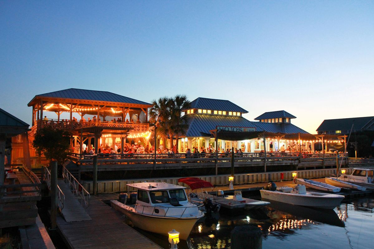 Enjoy waterfront dining at Mojo's on the Harbor