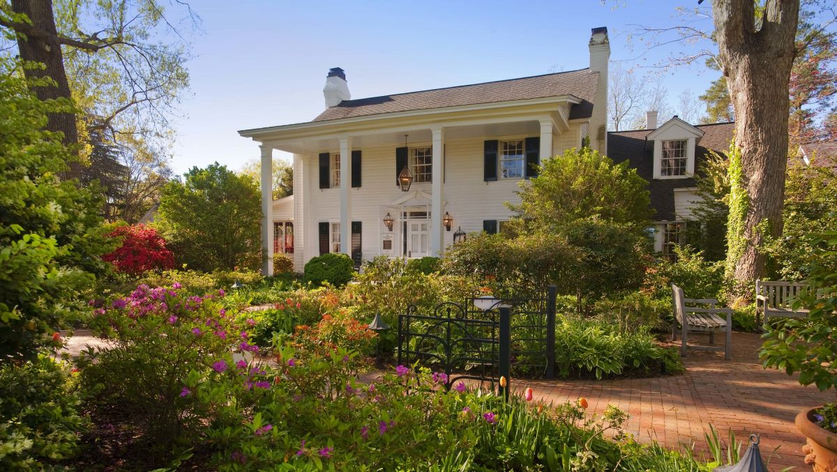 11 Classic Romantic Escapes in North Carolina | VisitNC com