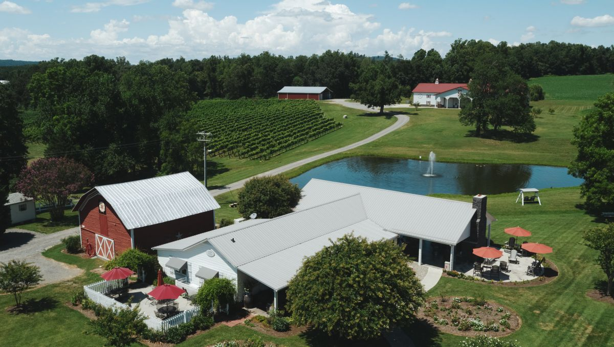 Aerial view of Laurel Gray Vineyards' buildings and grounds during daytime