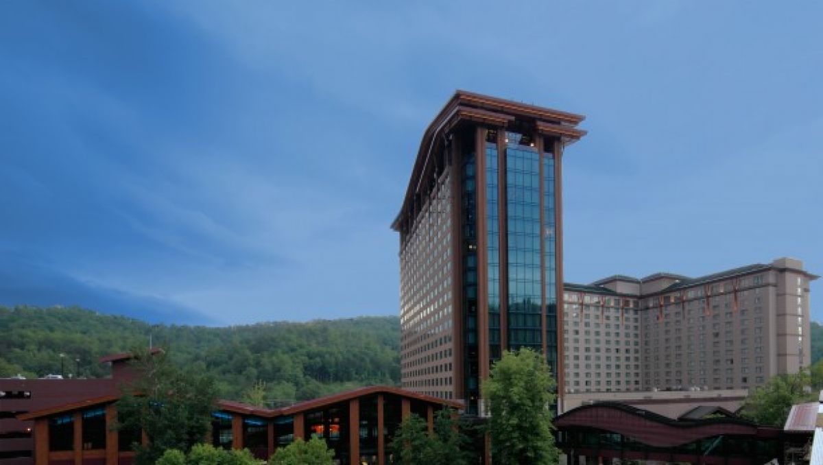 Exterior view of Harrah's Cherokee Casino Resort during daytime