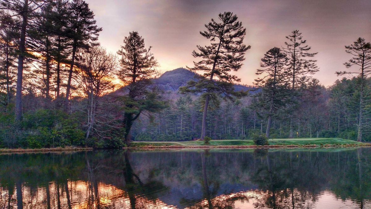 elevate your game: golf in the north carolina mountains | visitnc